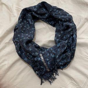 Banana Republic 100% silk scarf